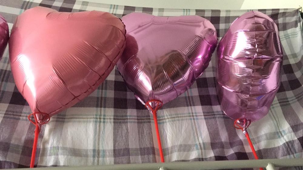 从丁昕悦那里给宝宝买的气球,太假了
